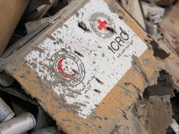 Material humanitario destruido tras el ataque a un convoy en Alepo