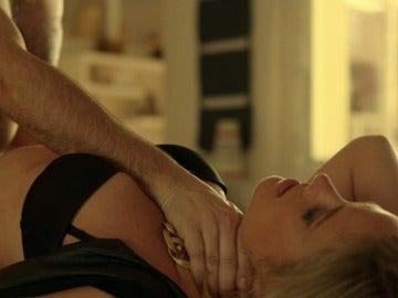 Agneska y Pablo mantienen relaciones sexuales