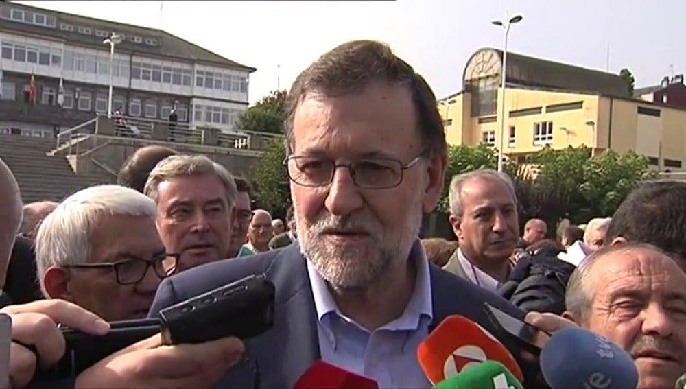 Frame 7.117908 de: Rajoy y Rivera claman por el diálogo para superar la compleja situación que atraviesa España
