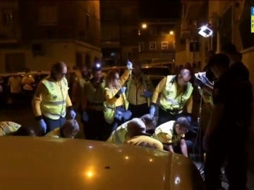 Frame 9.143546 de: Muere apuñalado un menor en una pelea entre bandas latinas en Vallecas