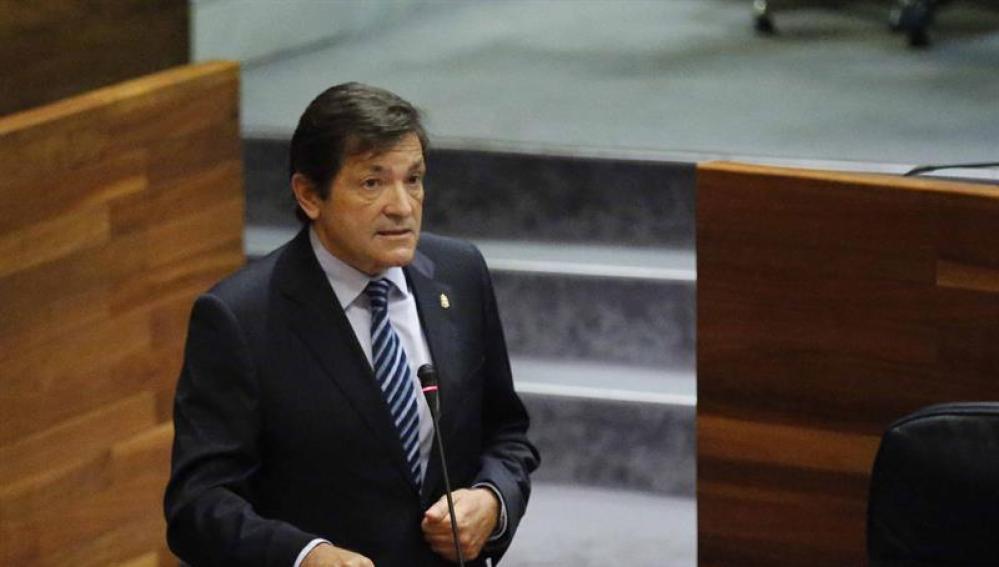 El asturiano Javier Fernández se perfila como presidente de la gestora