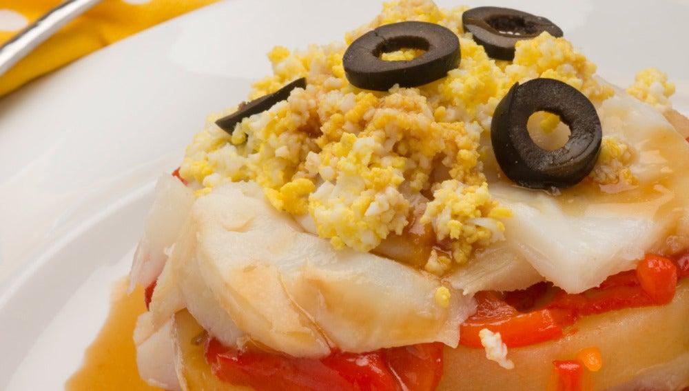 Timbales de patata, pimiento y bacalao