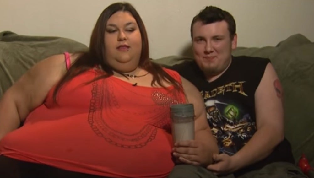 Monica Riley y su novio