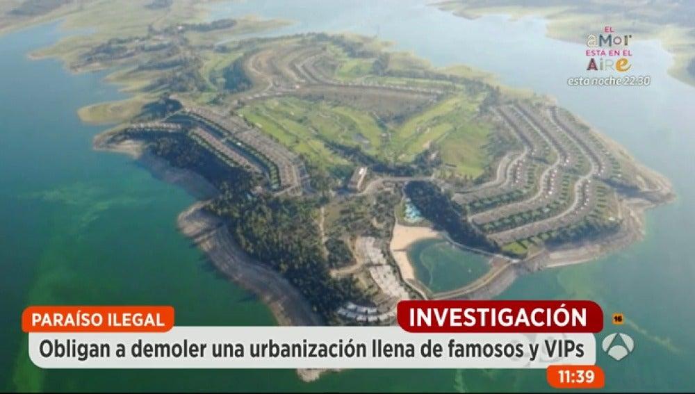 Antena 3 tv la justicia obliga a demoler la isla de for Hoteles de lujo en caceres