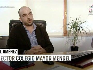 """Frame 246.418657 de: El director del Colegio Mayor Mendel: """"En la misma medida en la que un colegial sufre novatadas se vuelve después parte de ese problema"""""""