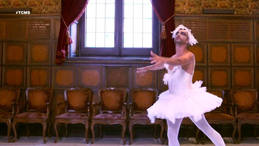 Frame 21.895895 de: Canco Rodríguez, el cisne blanco de 'Tu Cara me Suena'
