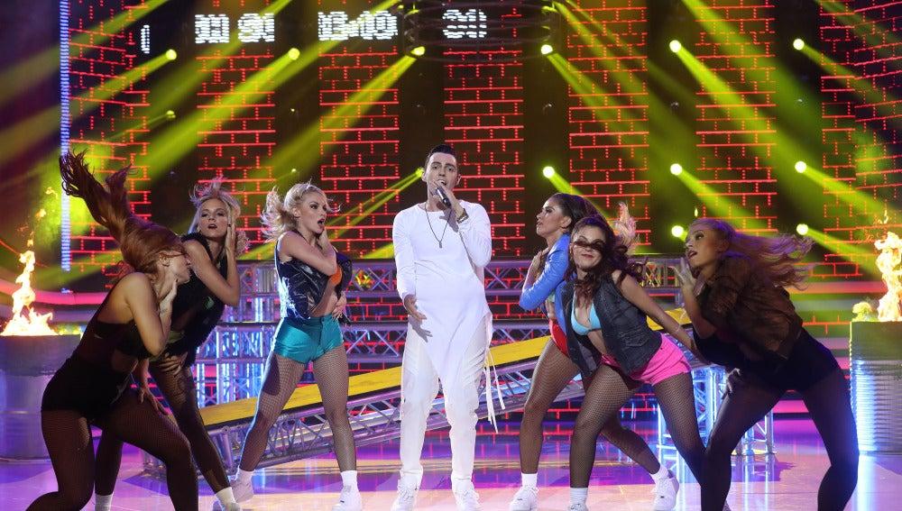 "David Guapo interpreta el éxito ""Picky"" de Joey Montana"