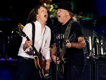 Paul McCartney y Neil Young arrasaron en el Desert Trip