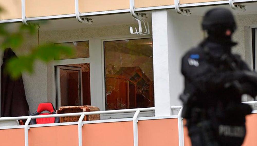 La Policía halla los cuerpos de dos bebés en un congelador