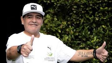 Maradona, en un acto en Italia