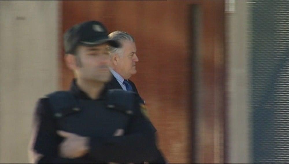 Frame 24.241187 de: La fiscal rechaza excluir al PP del juicio porque se benefició de la Gürtel