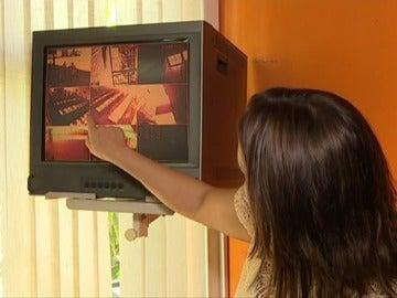 Frame 35.345453 de: Debate abierto sobre la conveniencia de colocar cámaras en los colegios