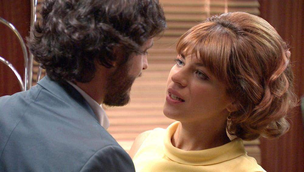 Nuria se insinúa a Jaime para dar un paso más en la relación
