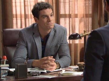Alonso descubre que Rafael sabe más sobre Marta que él mismo