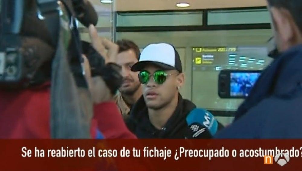 Neymar, a su llegada a Barcelona