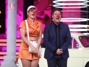 Rosa López se somete a la risoterapia de Carlos Latre en 'Tu cara me suena'