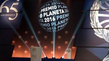 Todo listo para la entrega del Premio Planeta