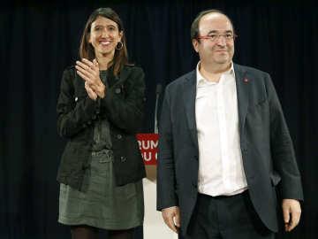 Nuria Parlón y Miquel Iceta