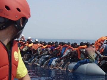 Refugiados rescatados en el Mediterráneo