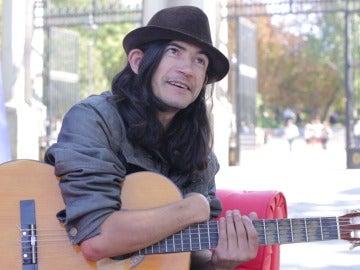 Ancor Jerey nos habla sobre el amor a su guitarra