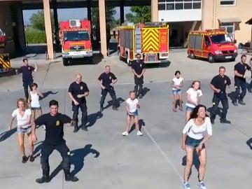 'Flashmob' de los bomberos de Villaviciosa de Odón