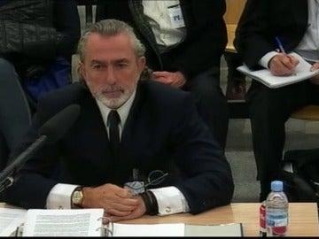 Frame 35.707734 de: El tribunal rechaza que declaren tres exministros y los empresarios Florentino Pérez y Villar Mir