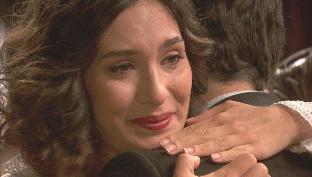 "Camila: ""Abrázame fuerte Hernando"""