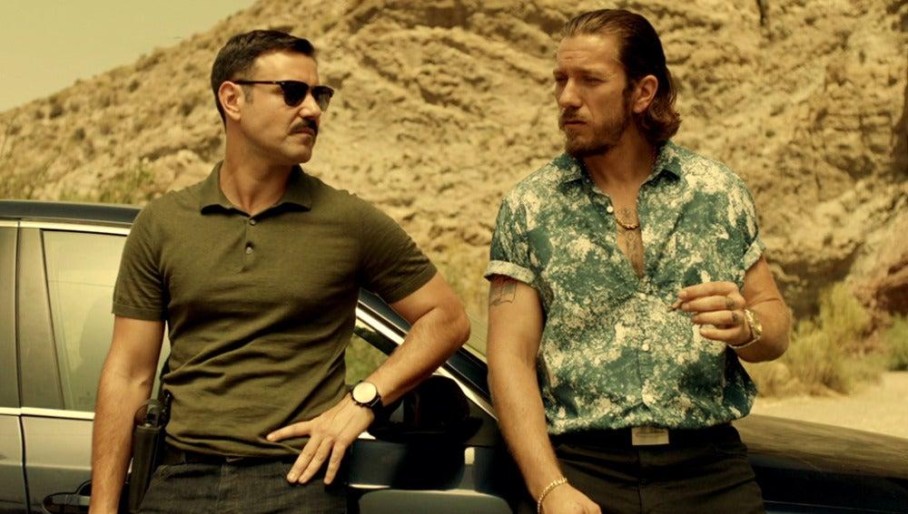 Héctor descubre que Pablo colabora con Vlad