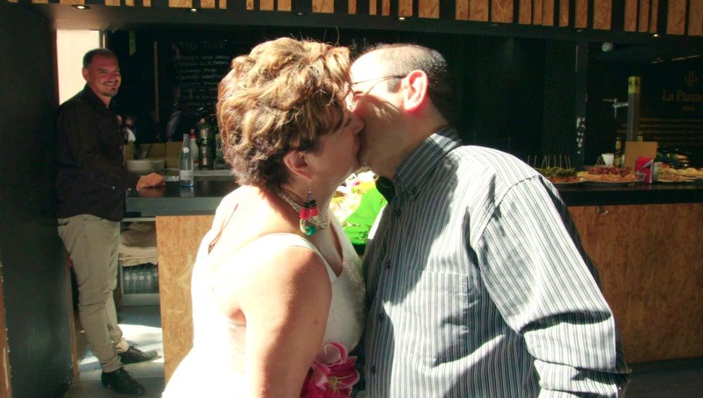 Mari Carmen y Txema viven una 'Boda al asalto' con mucho sabor