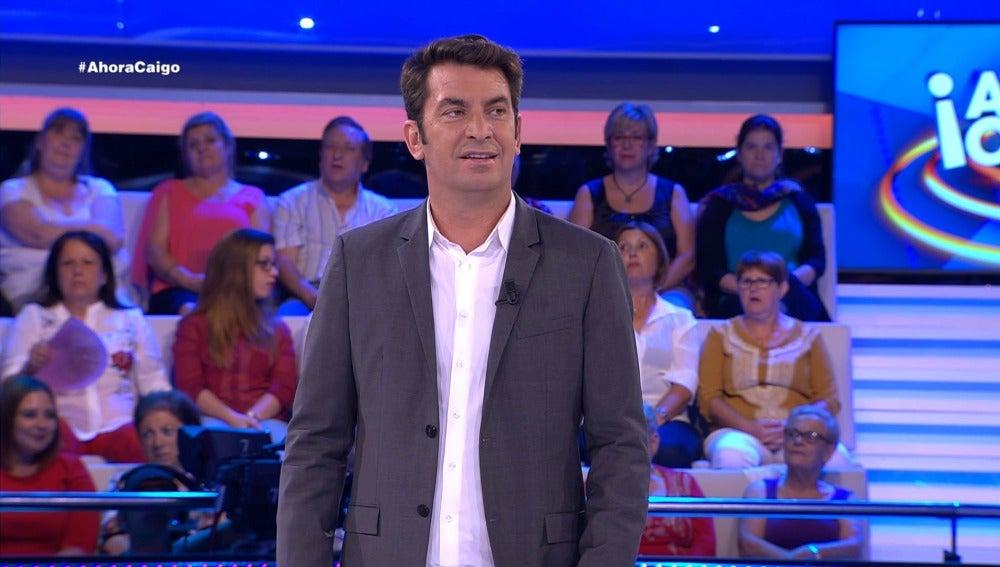Arturo Valls se olvida de un chiste