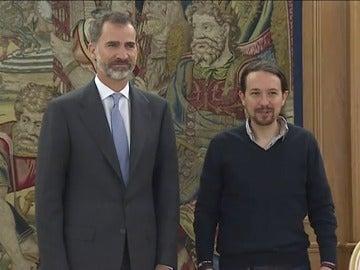 Frame 20.409962 de: Iglesias plantea al Rey las perspectivas de Podemos tras el viraje del PSOE