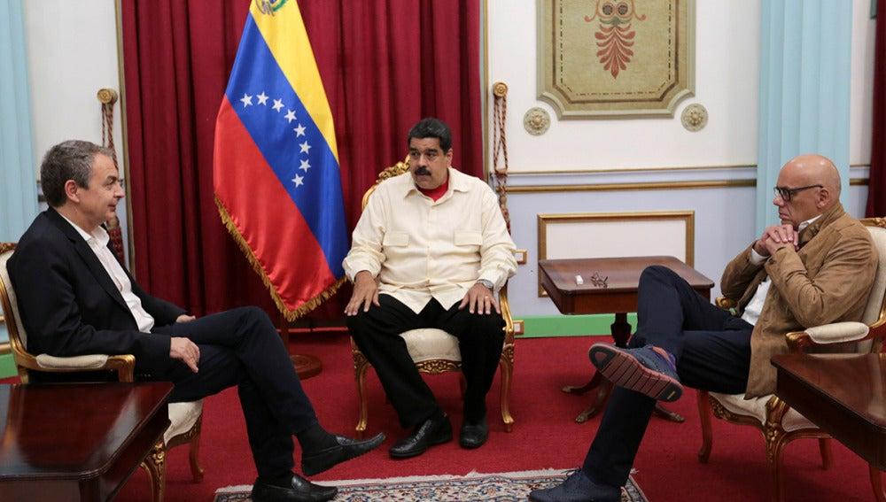 José Luis Rodríguez Zapatero reunido con Maduro en Miraflores