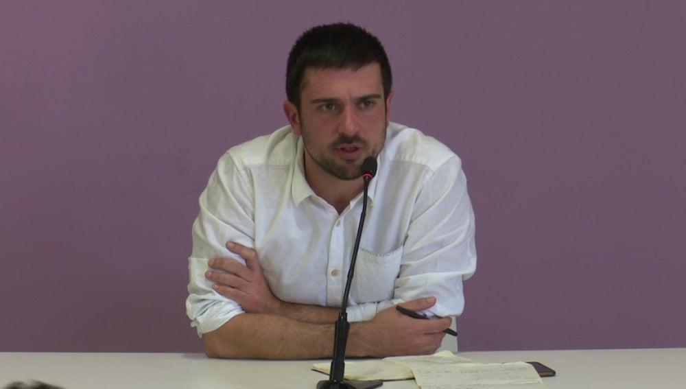 Frame 2.494836 de: Ramón Espinar atribuye la información a una campaña contra Podemos