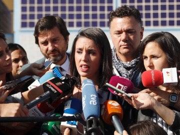 Irene Montero a su salida del CIE de Aluche