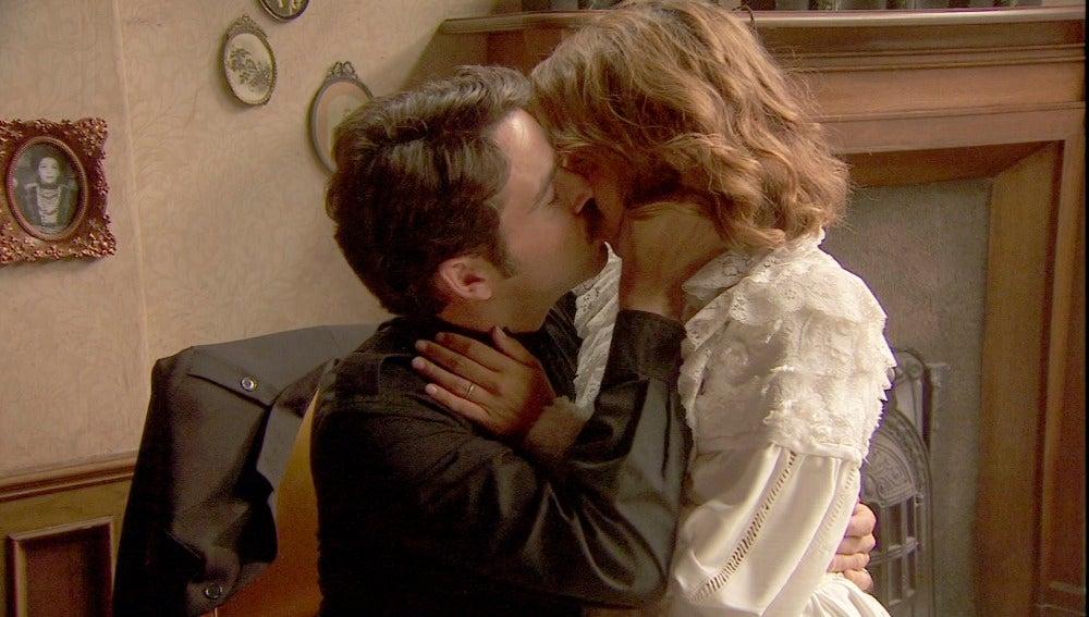 Emilia y Cristóbal, más juntos que nunca