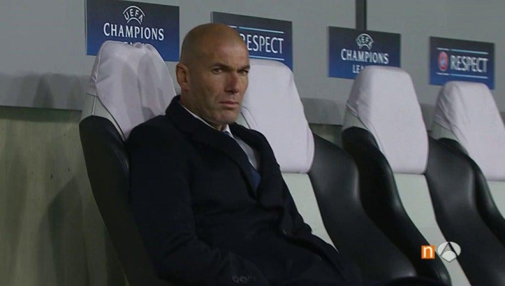 """Frame 1.10252 de: Zidane achaca el empate contra el Legia a la """"falta de intensidad"""" de sus jugadores"""