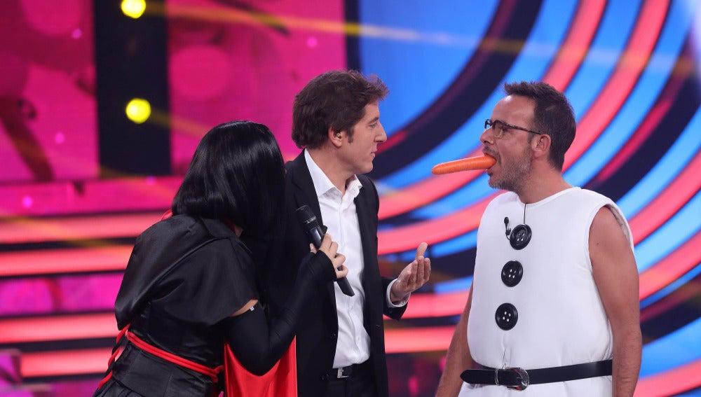 Rosa López canta 'Suéltalo' junto Olaf en 'Tu cara me suena'