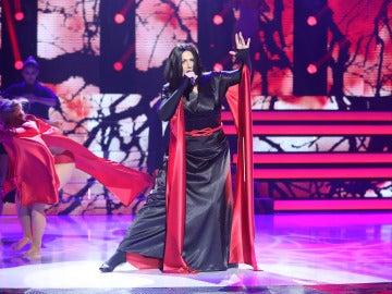 Espectacular puesta en escena de Rosa López para imitar el éxito 'Frozen' de Madonna