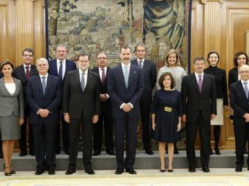 Nuevos ministros con el Rey