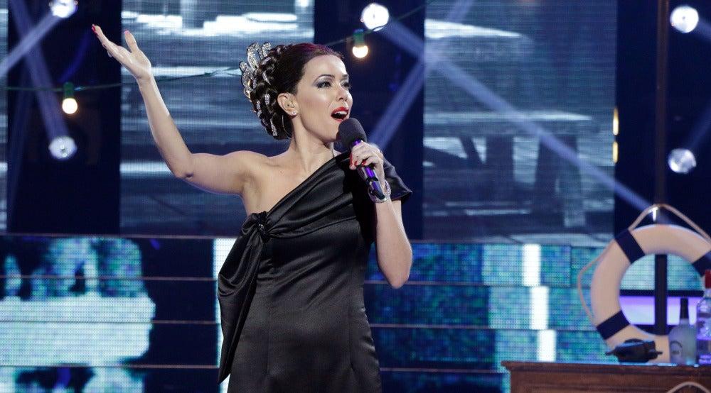 Beatriz Luengo entrega el alma para interpretar 'Marinero de luces' como Isabel Pantoja
