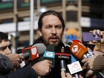 Pablo Iglesias habla ante los medios (Archivo)
