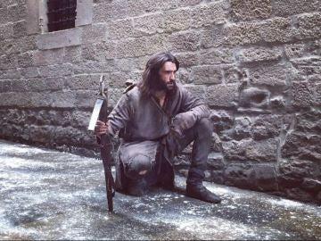 Aitor Luna, durante el rodaje de 'La Catedral del Mar'