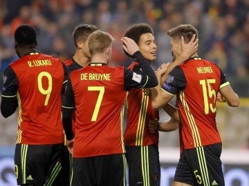 Bélgica celebrando un gol frente a Estonia