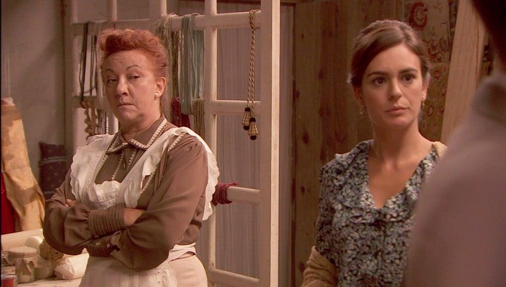 Cualquier remedio es bueno para que Dolores sea abuela