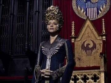 Carmen Ejogo es la actriz que interpreta a Seraphina Picquery