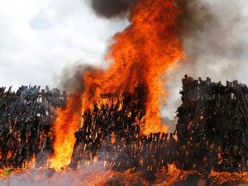 Quema de armas ilegales en Kenia