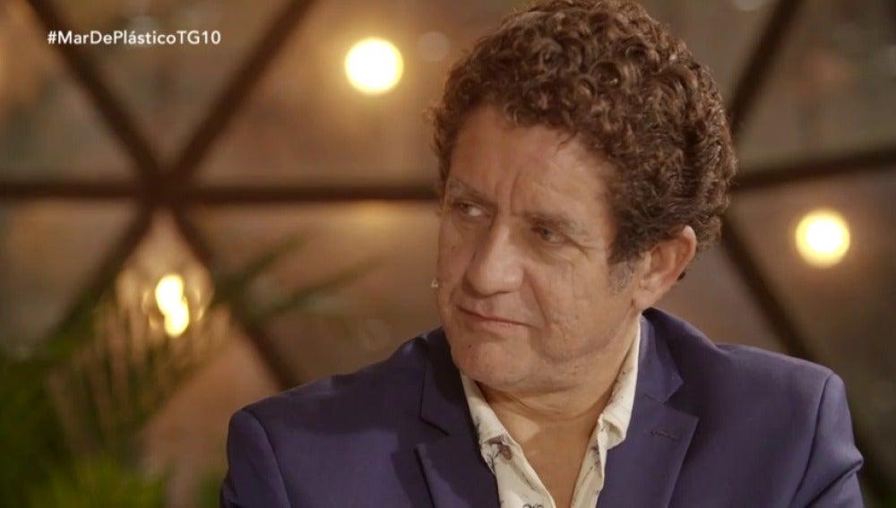"""Frame 142.368814 de: Pedro Casablanc: """"A Juan Rueda, Sergio es lo único que le queda"""""""