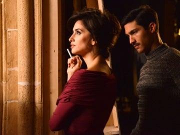 Penélope Cruz y Chino Darín en 'La reina de España'