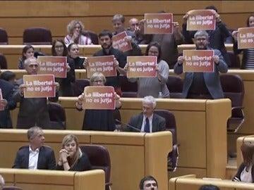 Frame 40.486167 de: Cataluña protagoniza el primer debate en el Senado