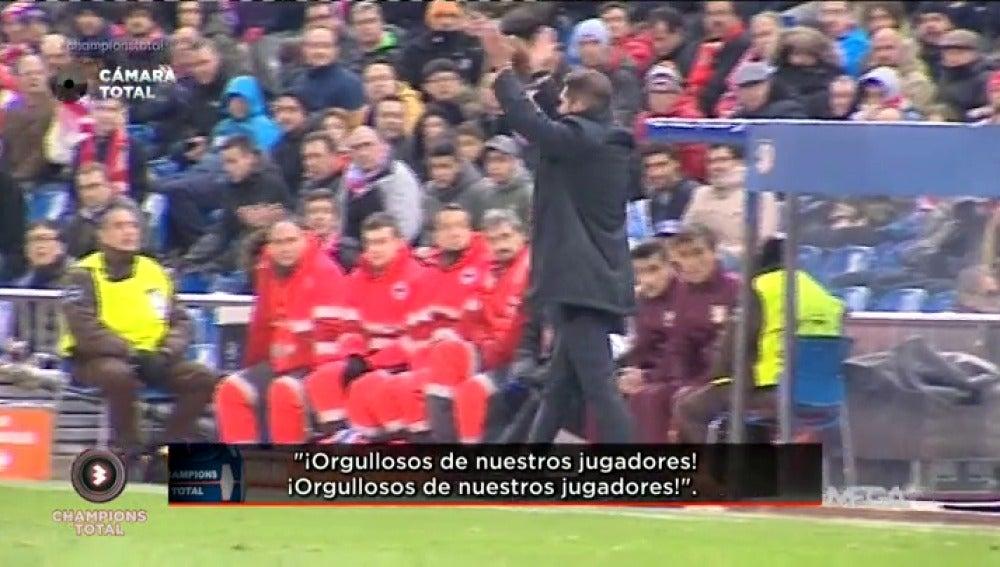 Simeone agradece el apoyo de la grada con aplausos